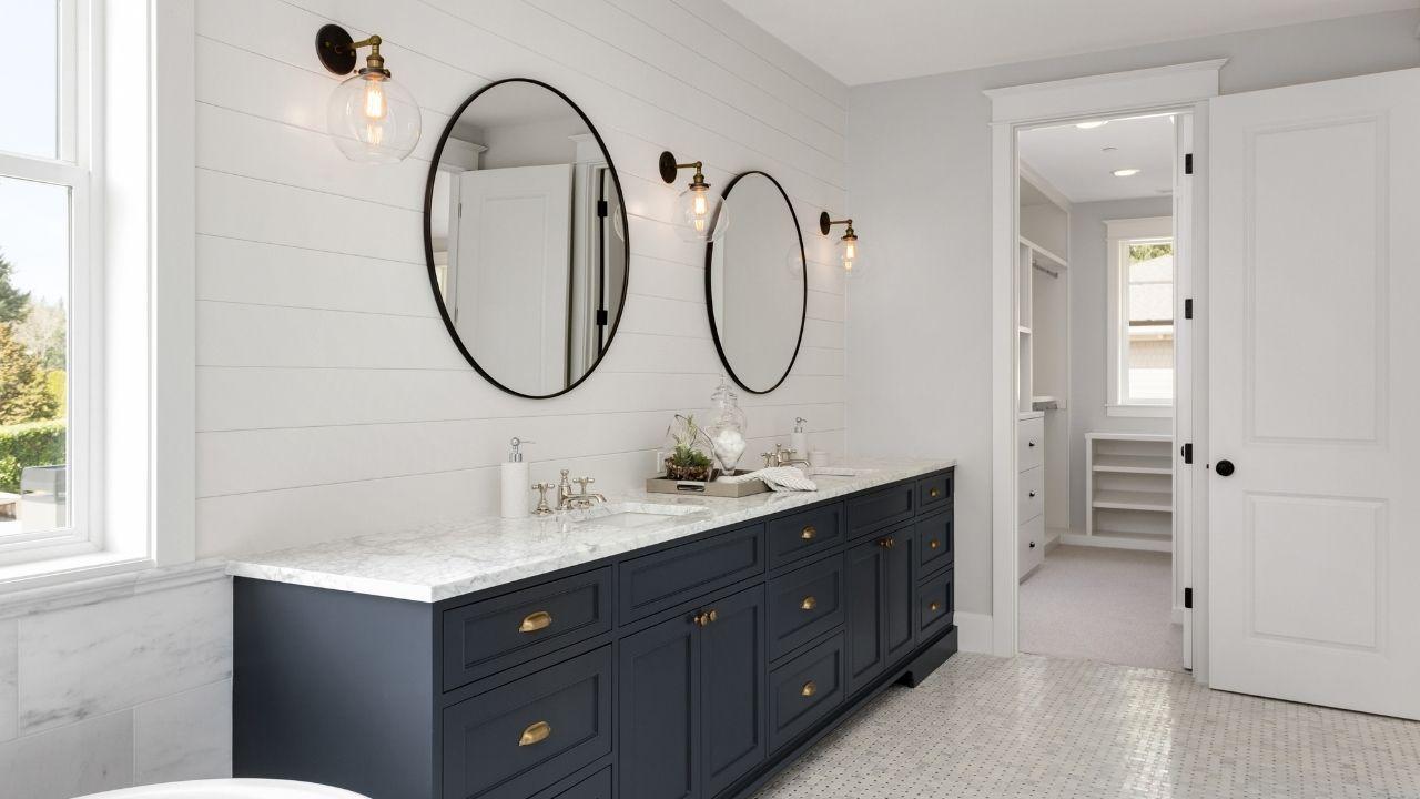 Bathroom Cabinets in Dallas, TX image